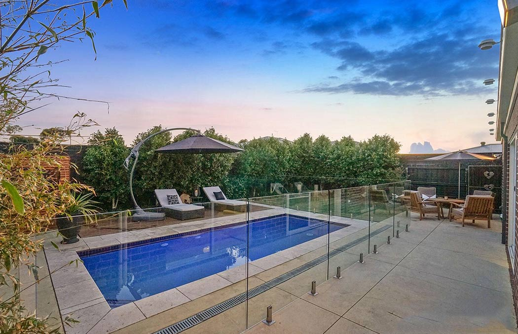 Melbourne Small Spaces Pool Builders